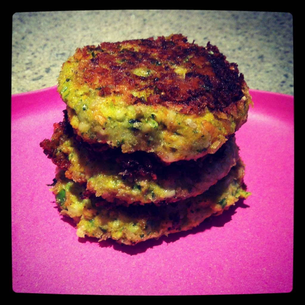 thesis of tuna patties These quick and easy tuna fish cakes are made without potato, using  breadcrumbs instead this is designed to be a low cost recipe.